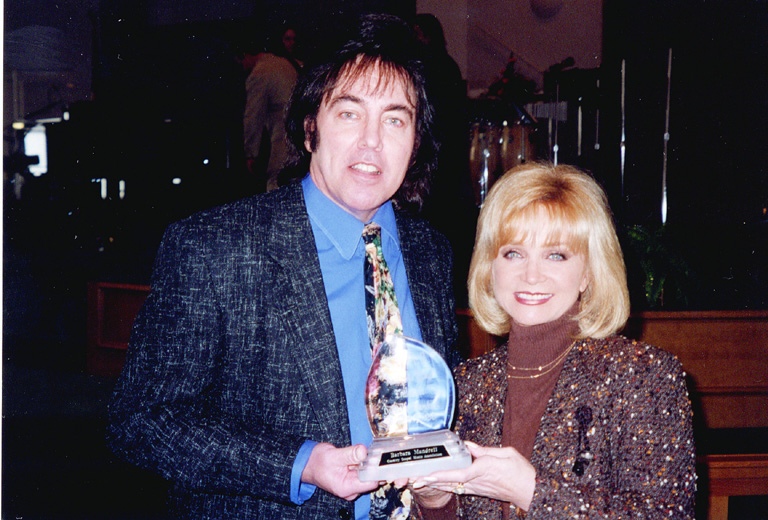 Donny is the presenter for Barbara Mandrell's induction into the ...